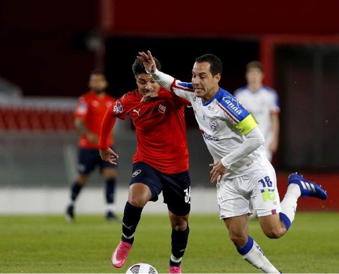 Bahia vacila, dá gol de graça ao Independiente e tem possibilidade improvável de classificação na Sul-Americana 16