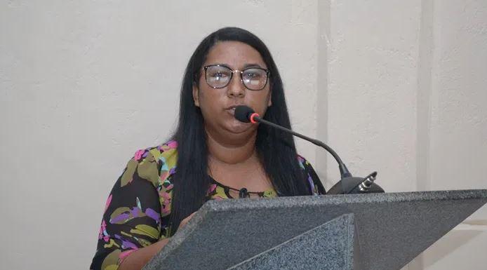 Vereadora Simone é escolhida líder do governo na Câmara de Guaratinga 18