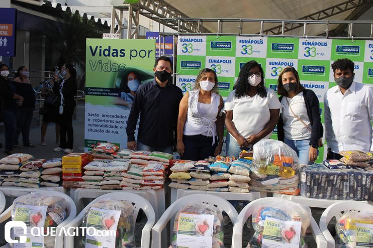 Projeto Vidas por Vidas arrecada alimentos e donativos em drive-thru solidário 30