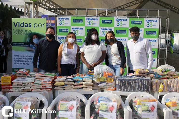 Projeto Vidas por Vidas arrecada alimentos e donativos em drive-thru solidário 31