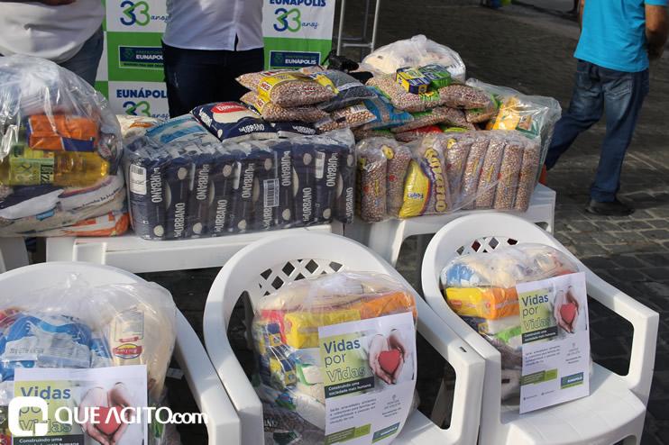 Projeto Vidas por Vidas arrecada alimentos e donativos em drive-thru solidário 34