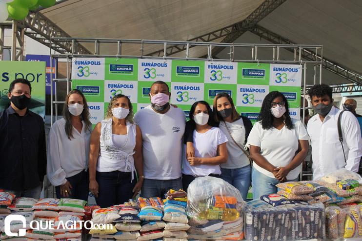 Projeto Vidas por Vidas arrecada alimentos e donativos em drive-thru solidário 43