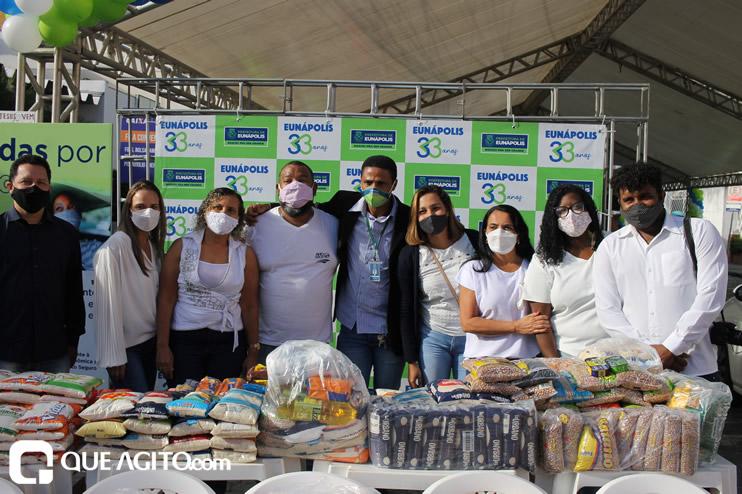 Projeto Vidas por Vidas arrecada alimentos e donativos em drive-thru solidário 42