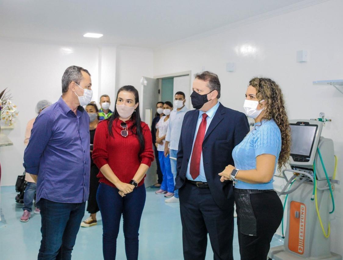 Prefeita Cordélia Torres apresenta instalações do HRE ao Juiz do Trabalho, Jeferson de Castro 23