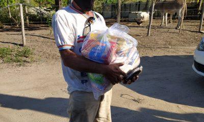 Prefeitura de Eunápolis entregou cestas básicas aos catadores 31