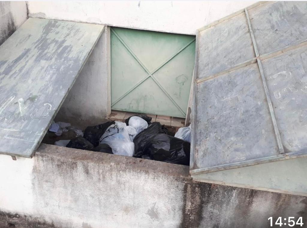 Hospital do Covid descarta lixo hospitalar misturado ao lixo comum 26