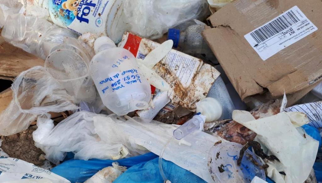 Hospital do Covid descarta lixo hospitalar misturado ao lixo comum 24