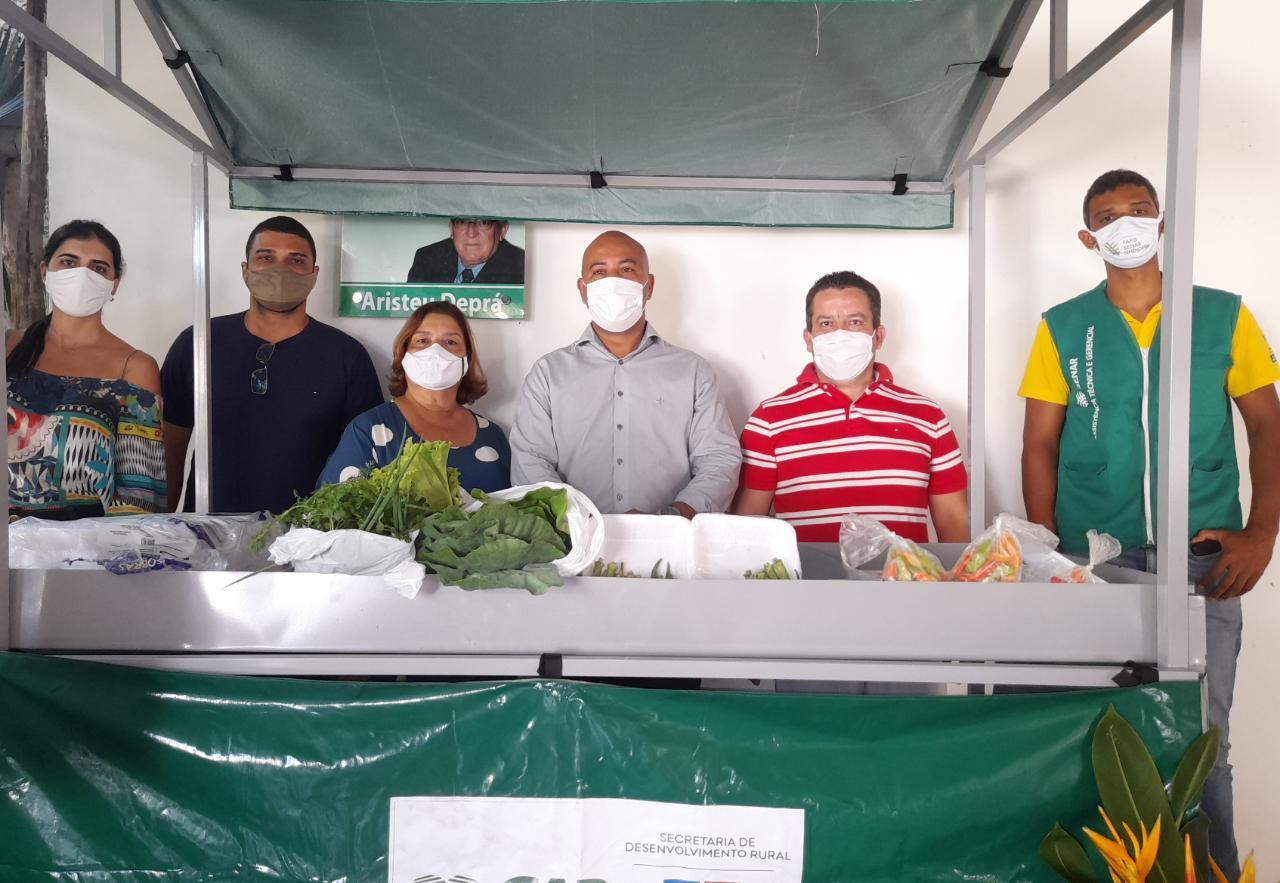 Feirantes de Eunápolis recebem capacitação sobre manipulação de alimentos 24