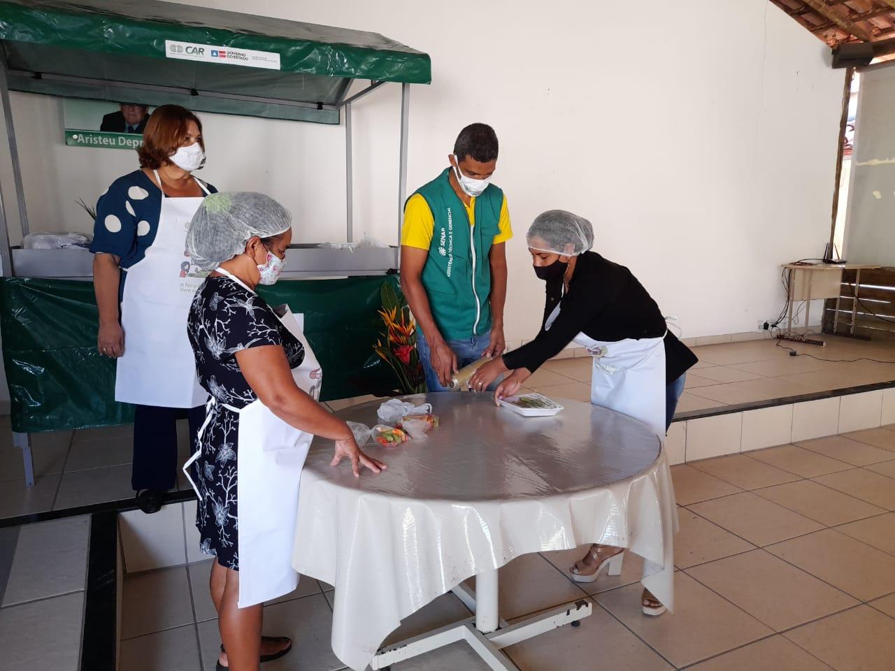 Feirantes de Eunápolis recebem capacitação sobre manipulação de alimentos 27