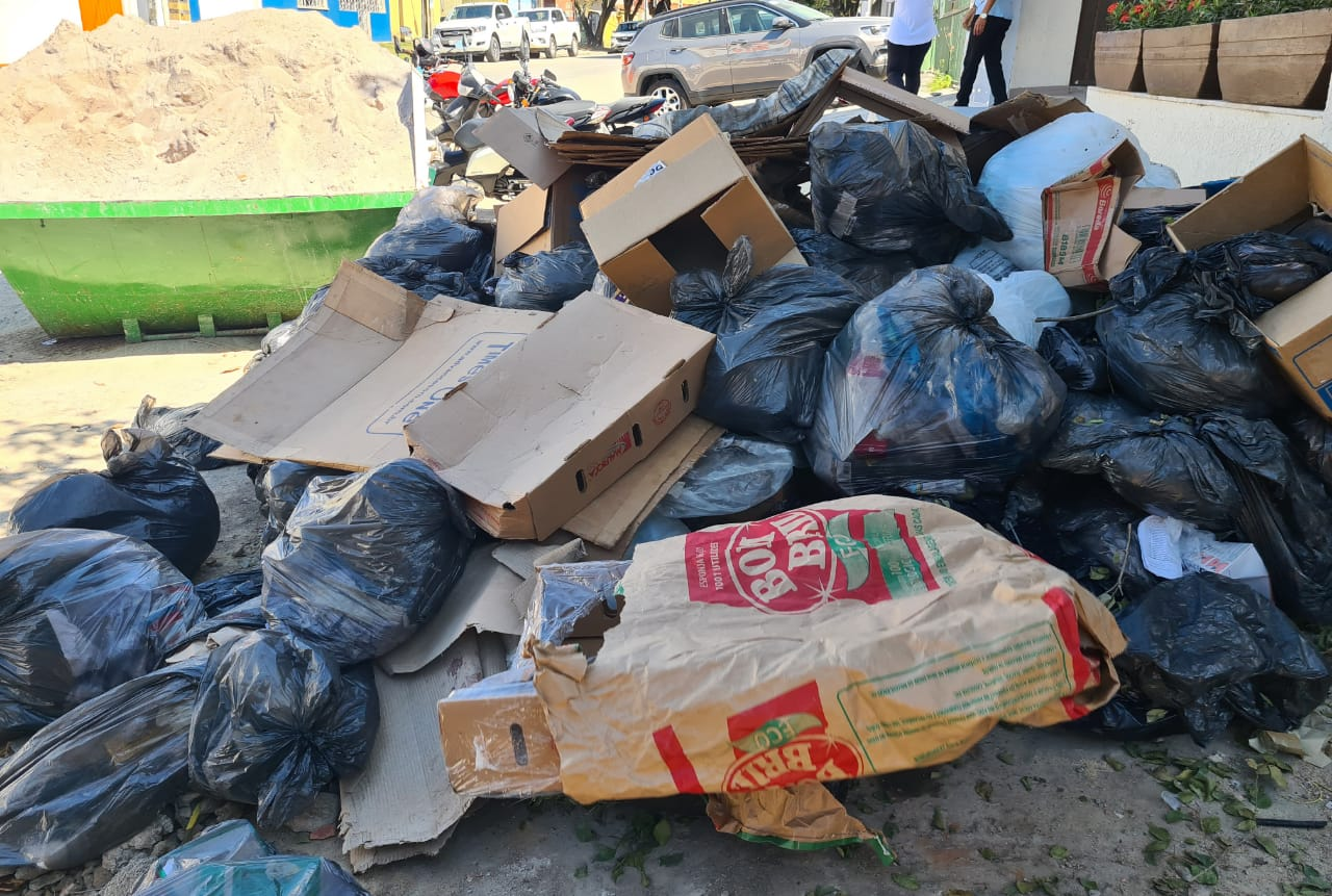 Prefeitura de Eunápolis notifica hospital que cometeu crime ambiental e sanitário ao descartar lixo hospitalar de modo inadequado 21