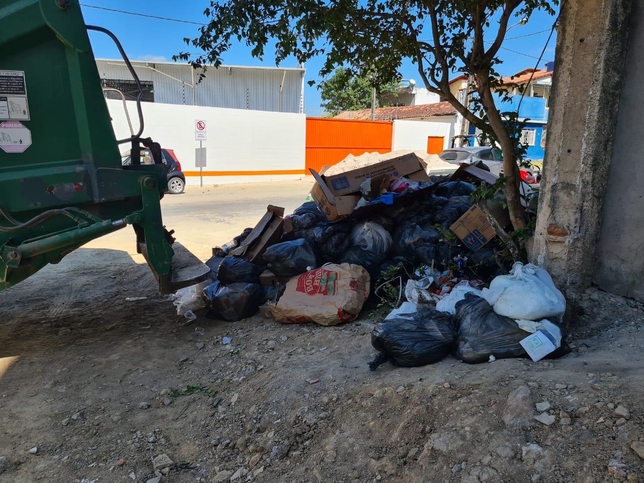 Prefeitura de Eunápolis notifica hospital que cometeu crime ambiental e sanitário ao descartar lixo hospitalar de modo inadequado 20