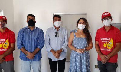 Prefeita Cordélia Torres visita galpão que vai beneficiar catadores do antigo lixão 16
