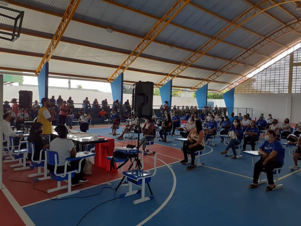 Prefeitura de Eunápolis ouve demandas dos Agentes de Saúde em Assembleia da Categoria 24