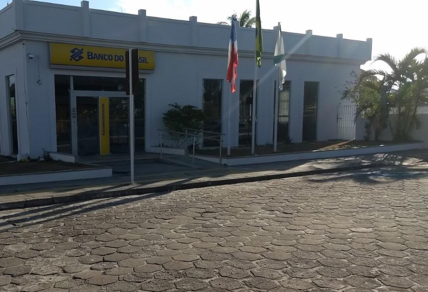 Após funcionários testarem positivo para o COVID-19, Banco do Brasil permanece fechado em Belmonte. 18