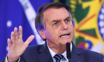 """""""Nas ruas já se começa a pedir que eu baixe decreto"""", diz Bolsonaro sobre lockdown 22"""