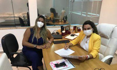 Lei que cria o Conselho do FUNDEB é sancionada pela prefeita Cordélia Torres 40