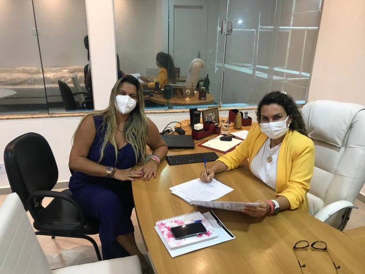 Lei que cria o Conselho do FUNDEB é sancionada pela prefeita Cordélia Torres 18