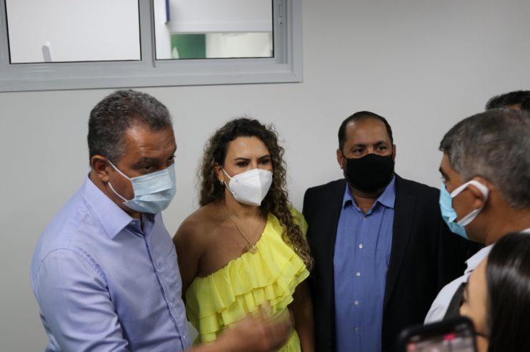 Vereadores de Eunápolis marcam presença em ato de entrega da Policlínica Regional da Costa do Descobrimento 24