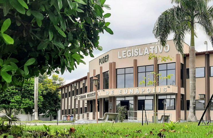 Devido ao feriado de São João, Câmara de Vereadores de Eunápolis transfere sessão para segunda-feira, 28 20