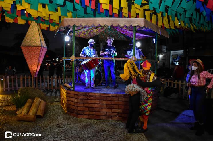 Diversas atrações se apresentaram na primeira noite da Vila do Forró em Eunápolis 23