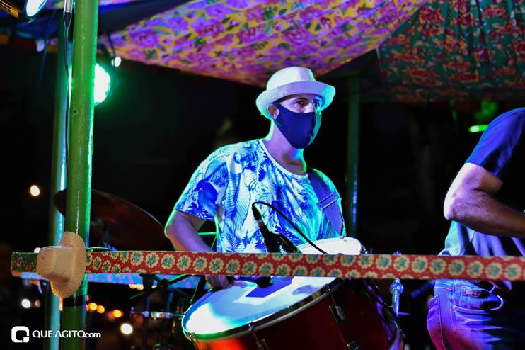 Diversas atrações se apresentaram na primeira noite da Vila do Forró em Eunápolis 25
