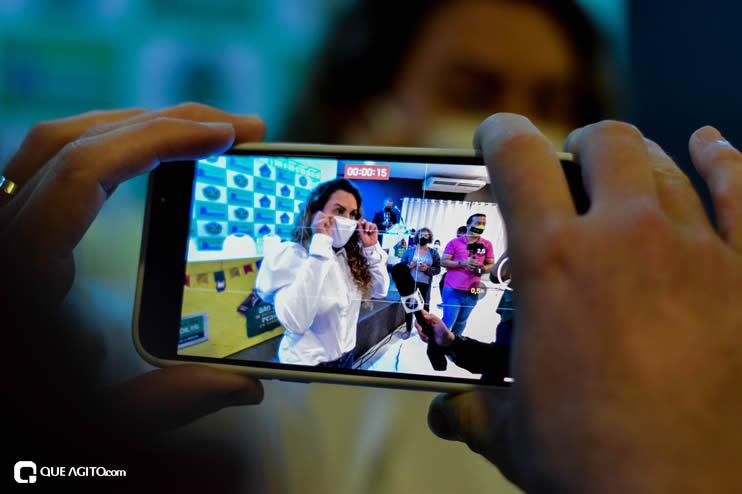 Prefeita Cordélia anuncia durante coletiva de imprensa, a Live São João se Encontra com Pedrão em Eunápolis 52