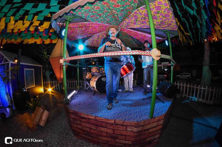Diversas atrações se apresentaram na primeira noite da Vila do Forró em Eunápolis 31