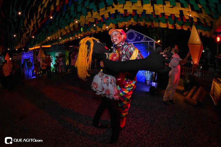 Diversas atrações se apresentaram na primeira noite da Vila do Forró em Eunápolis 40