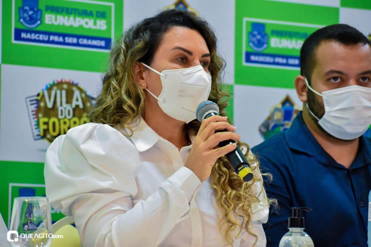 Prefeita Cordélia anuncia durante coletiva de imprensa, a Live São João se Encontra com Pedrão em Eunápolis 57