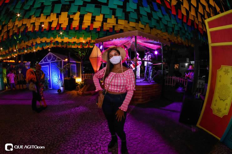 Diversas atrações se apresentaram na primeira noite da Vila do Forró em Eunápolis 44