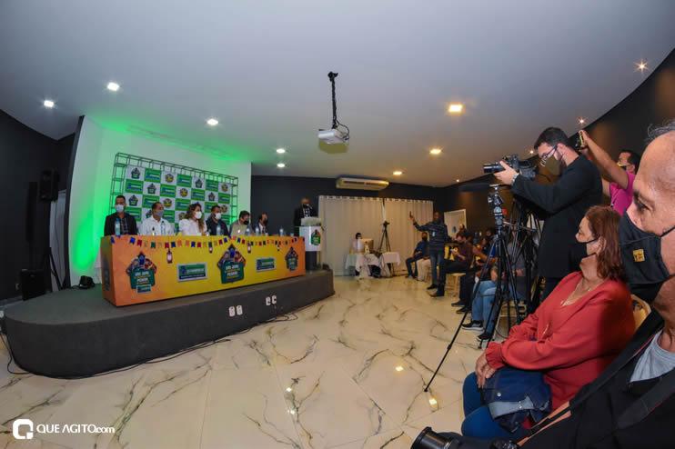 Prefeita Cordélia anuncia durante coletiva de imprensa, a Live São João se Encontra com Pedrão em Eunápolis 61