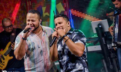 Sucesso absoluto a Live de São João de André Lima & Rafael 8