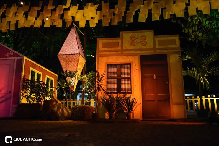 Diversas atrações se apresentaram na primeira noite da Vila do Forró em Eunápolis 59