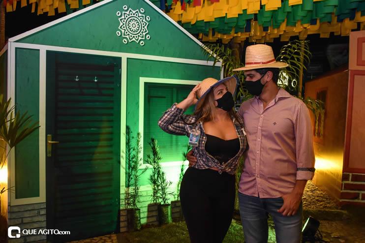 Diversas atrações se apresentaram na primeira noite da Vila do Forró em Eunápolis 67