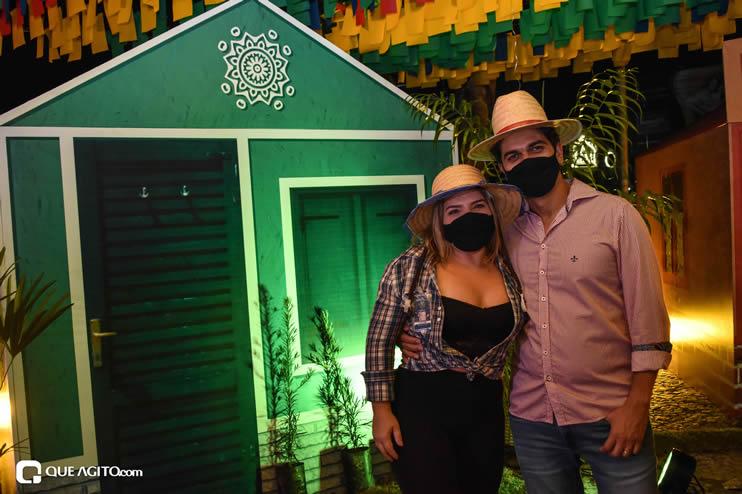 Diversas atrações se apresentaram na primeira noite da Vila do Forró em Eunápolis 68