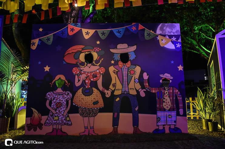 Diversas atrações se apresentaram na primeira noite da Vila do Forró em Eunápolis 70