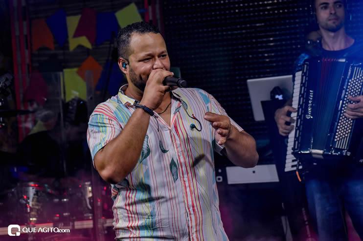 Sucesso absoluto a Live de São João de André Lima & Rafael 111
