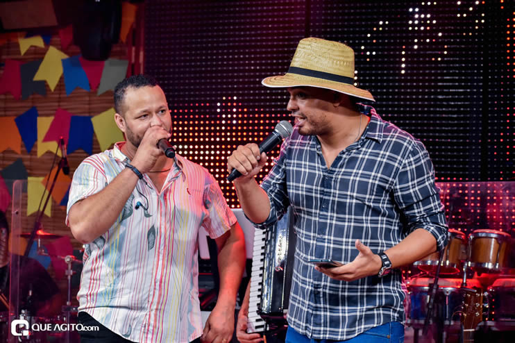 Sucesso absoluto a Live de São João de André Lima & Rafael 298