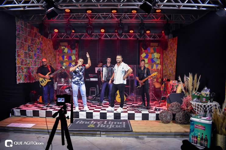 Sucesso absoluto a Live de São João de André Lima & Rafael 305