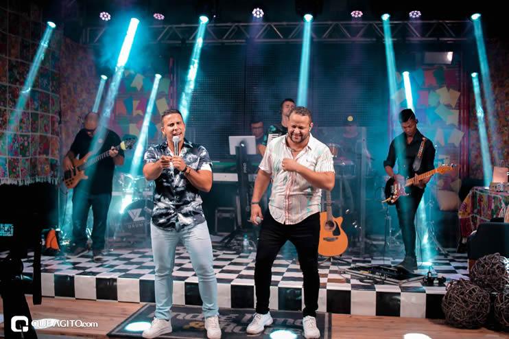 Sucesso absoluto a Live de São João de André Lima & Rafael 328