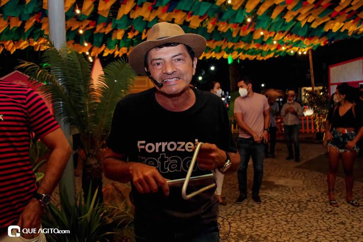 Diversas atrações se apresentaram na primeira noite da Vila do Forró em Eunápolis 88