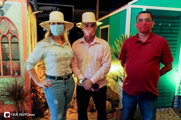 Diversas atrações se apresentaram na primeira noite da Vila do Forró em Eunápolis 98