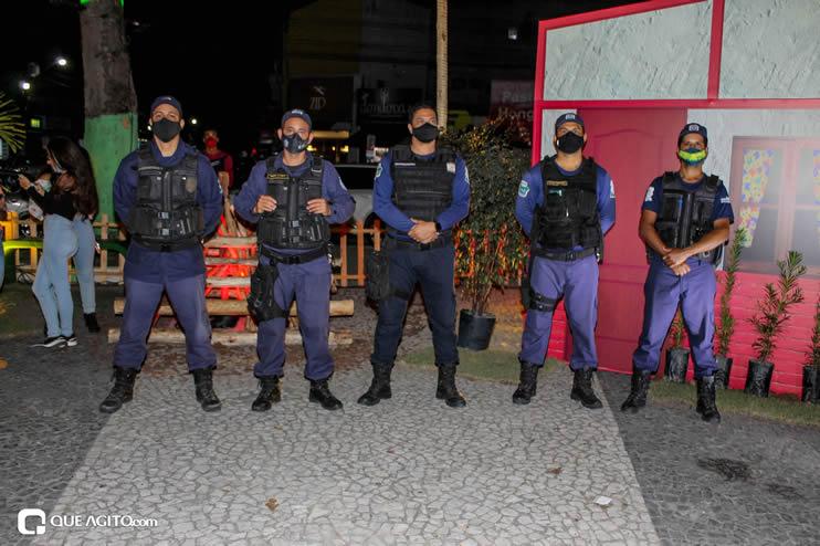 Diversas atrações se apresentaram na primeira noite da Vila do Forró em Eunápolis 130