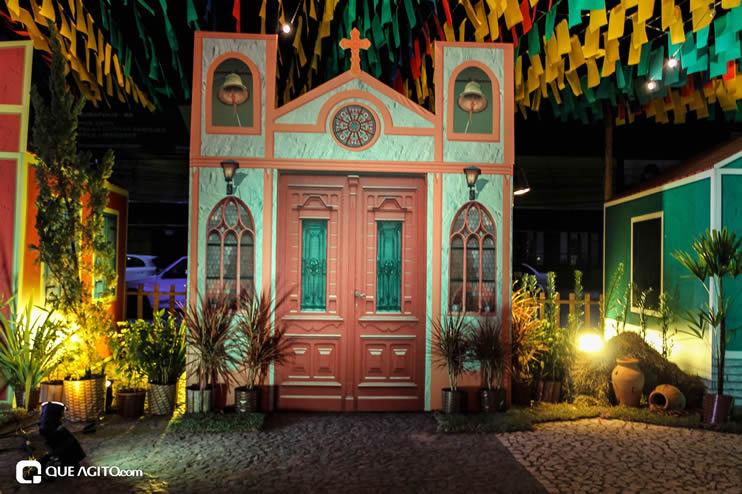 Diversas atrações se apresentaram na primeira noite da Vila do Forró em Eunápolis 132