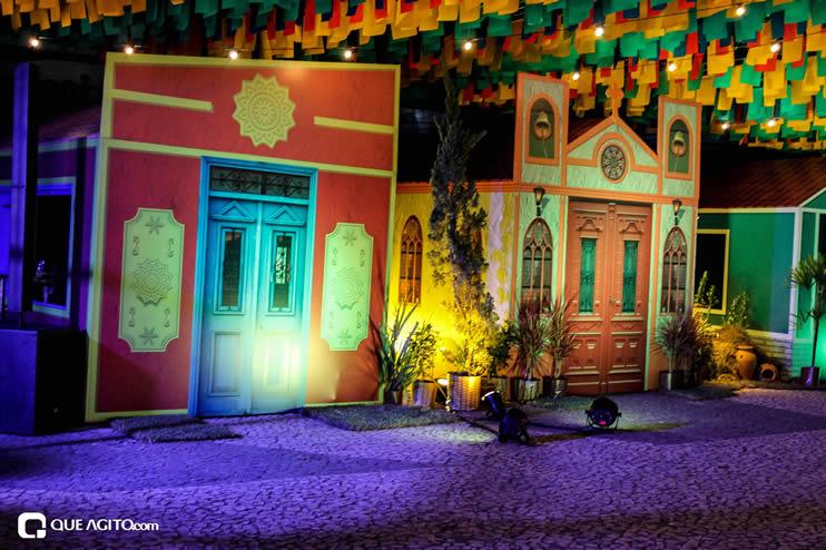 Diversas atrações se apresentaram na primeira noite da Vila do Forró em Eunápolis 100