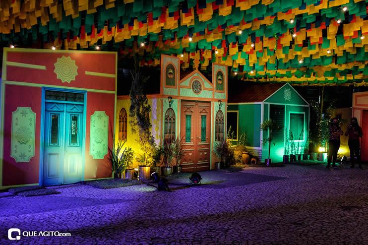 Diversas atrações se apresentaram na primeira noite da Vila do Forró em Eunápolis 101