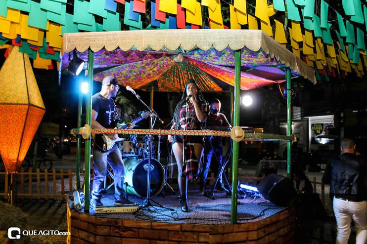 Diversas atrações se apresentaram na primeira noite da Vila do Forró em Eunápolis 105