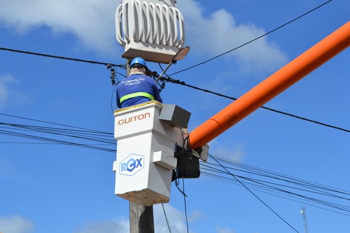 Prefeitura de Guaratinga intensifica modernização da iluminação pública com lâmpadas de LED 24