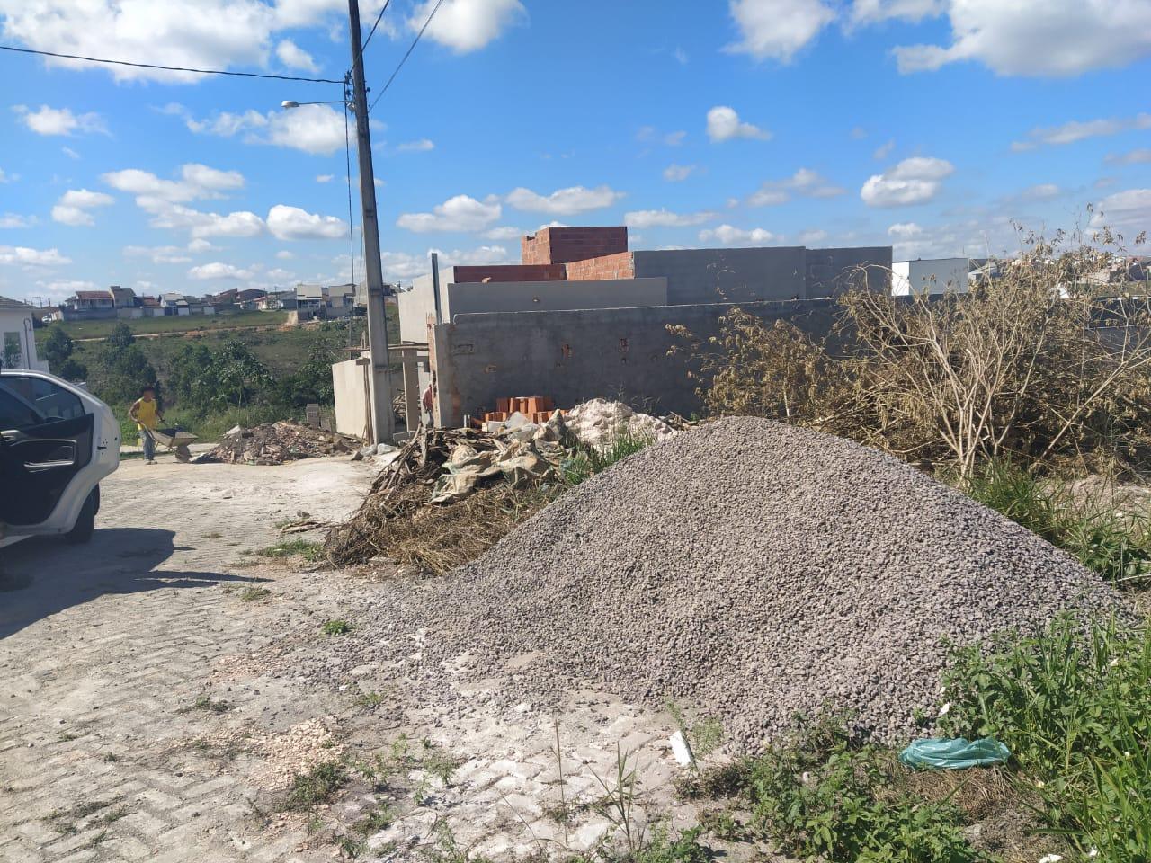 Eunápolis: Lei municipal proíbe material de construção em vias públicas 21