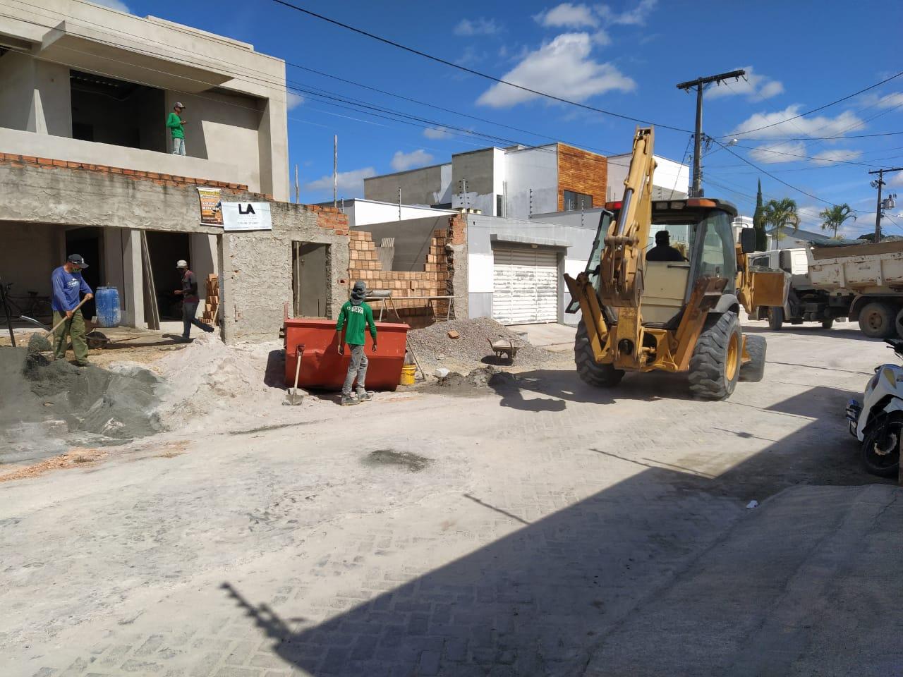 Eunápolis: Lei municipal proíbe material de construção em vias públicas 20